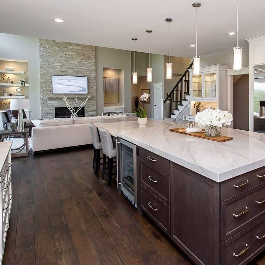 Hickory Floor Kitchen With Island